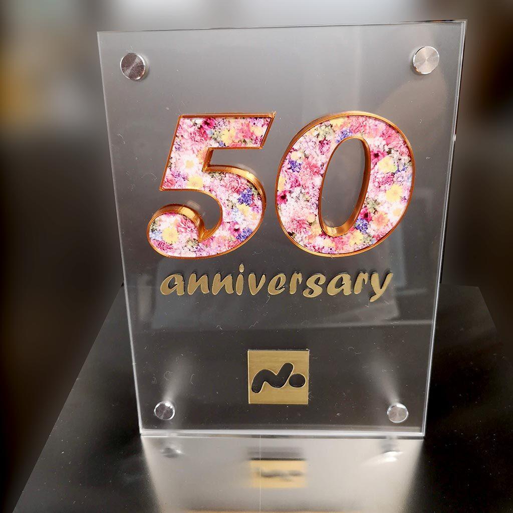 50周年記念プレート